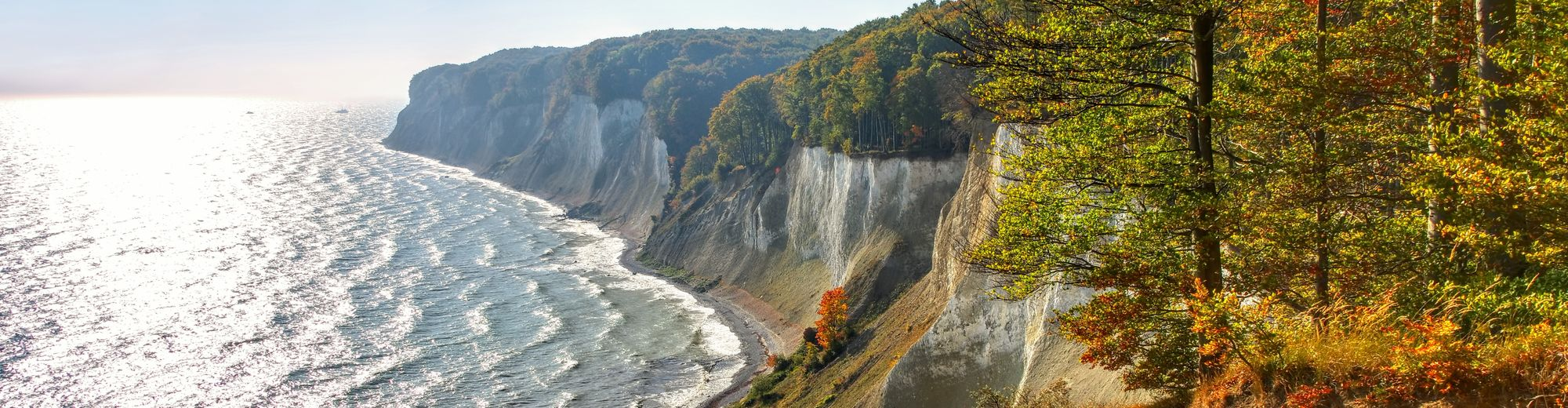 Rügen Kreideküste im Herbst - Ruegen chalk cliffs in autumn | © LianeM/stock.adobe.com