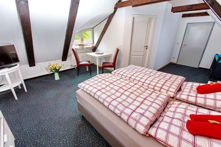 "Pension ""Altes Burghotel"""