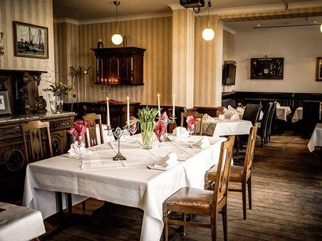 """Restaurant """"Asgard"""" und Sinatra-Bar"""