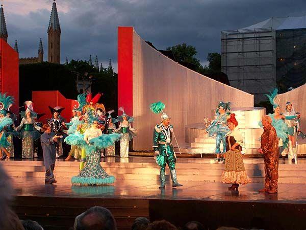 Schlossgarten-Festspiele in Neustrelitz